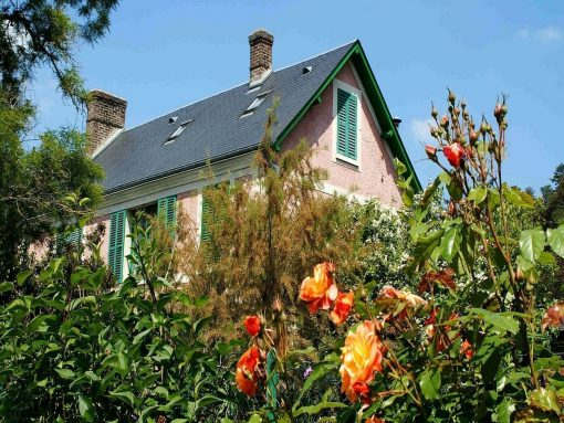 France Giverny Monets roses